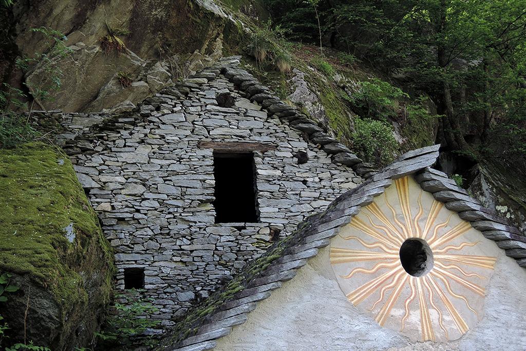 Wandern und Fotografieren im Maggiatal © Valerie Chetelat